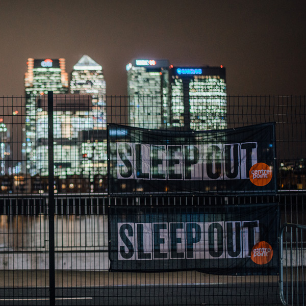Sleep-Out-Centrepoint-Badge-300